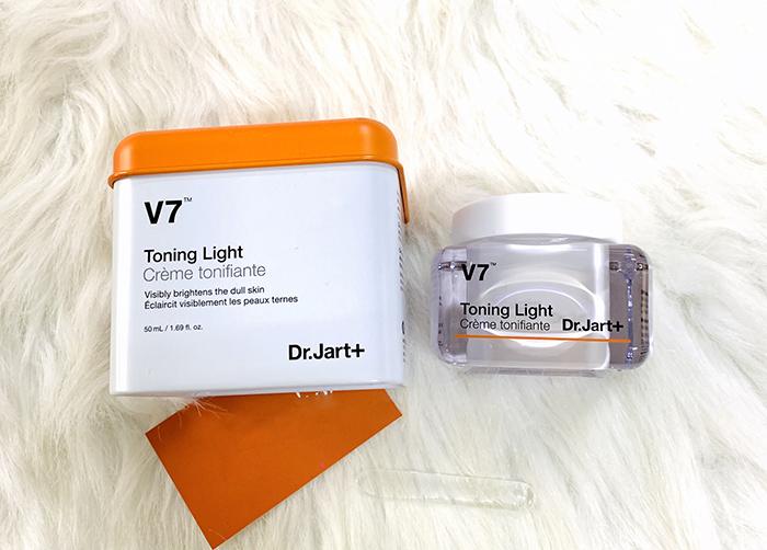 Kem dưỡng trắng và tái tạo da cao cấp V7 Toning Light Dr Jart Hàn Quốc